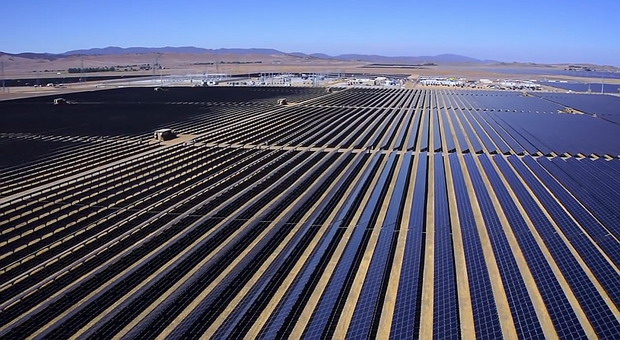Top 5 Largest Solar Parks In The World Gineersnow