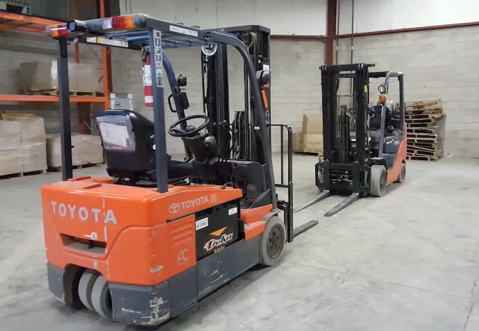 electric forklifts or propane forklifts?